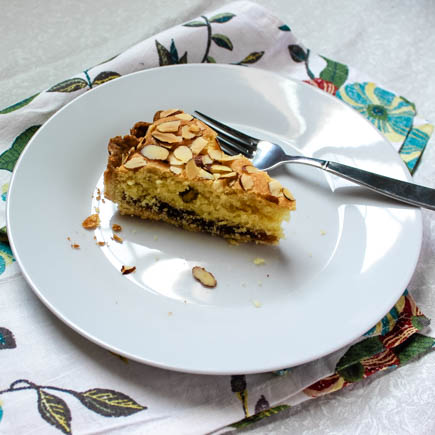 A sweet almond cake with a ribbon of caramel apple jam, this Apple Bakewell Tart is a delicious twist on an British classic.