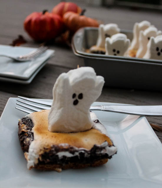 S'mores Ghost Brownies: S'mores Brownies topped with marshmallow ghosts are a fun, whimsical Halloween dessert that kids and adults alike will love.